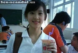 Hot, Beijing high school girl XiaoLi sex scandal leaked on internet.