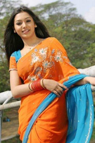 Sadia Jahan Prova MMS
