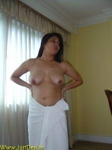 Uncle fucked lucknow call girl in home - 3 4