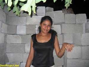 Indian Girl Friend Nude Outdoor At Night