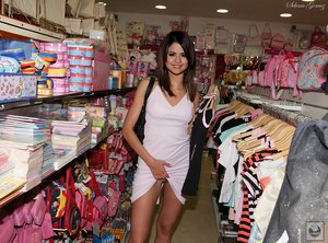 jt07smip9iu9 t Selena Gomez Nude getting Fucked in Ass   Fake Pics
