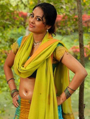 Show pussy mallu Malayalam actress