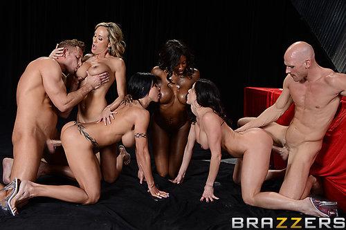 Big Tits In Sports - Brandi Love, Diamond Jackson, Jewels Jade & KendraLust - Miss Titness America