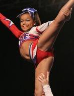 Cheerleader nackt im Schrank romm