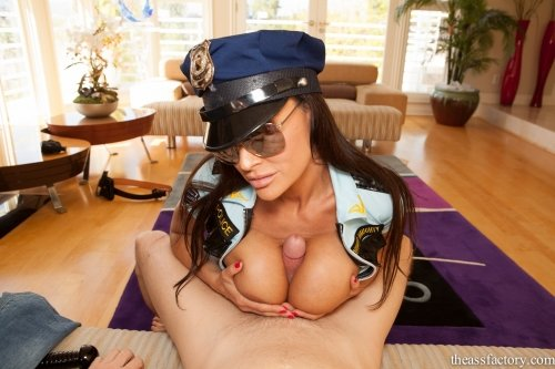 image Lisa ann police mexican officer prpopses