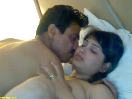 pakistani wife free images