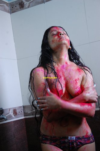 Hot Desi Girl Fully Naked At Holi