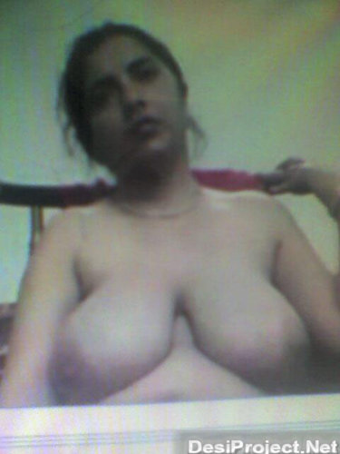 Indian aunty strip on webcam