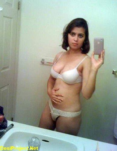 Holly valance nude ass