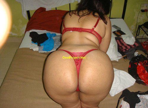 Hyderabad Big Boobs Ass  Red Bra Panty Aunty Naked