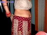 Indian desi Hot sexy Bhabhi in red saree she showing her white bra and Big boobs and pussy to Brother nude bhabhi photos