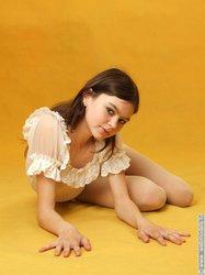 http://img51.imageporter.com/i/02008/nzzi8infdmak_t.jpg