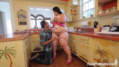 Download BBW Dreams – Emma Bailey Free